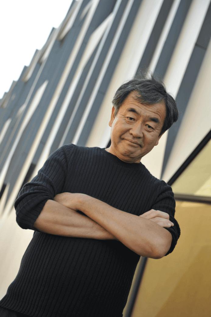 隈研吾氏プロフィール